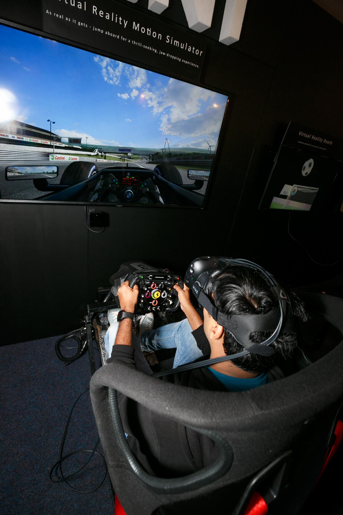 rentertainment-vr-motion-simulator-7 - Rentertainment